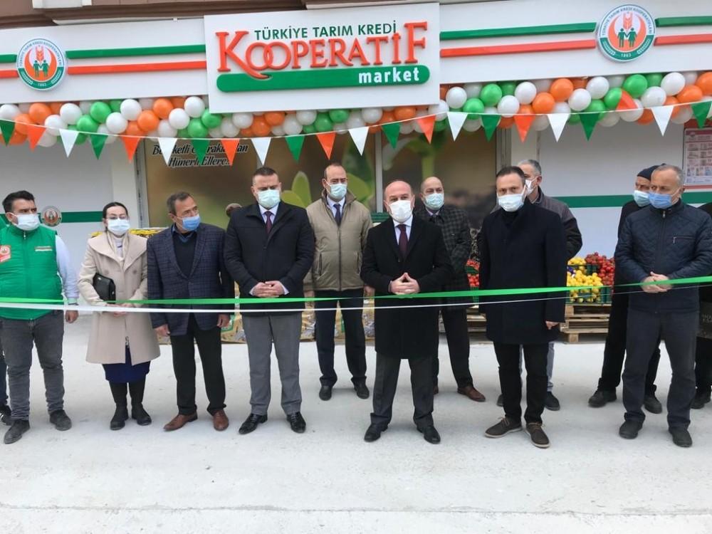 Tarım Kredi Kooperatif Market'in 200'üncü şubesi Bergama'da açıldı