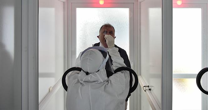 Türkiye'de son 24 saatte 13.604 koronavirüs vakası tespit edildi