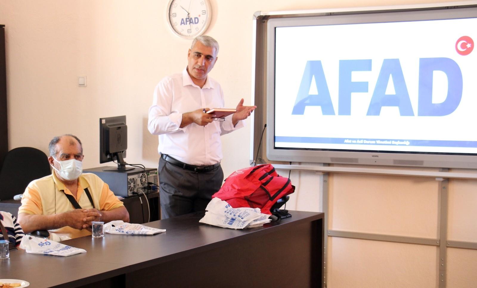 """AFAD İl Müdürü Harman; """"Bugüne kadar 110 bin kişiye eğitim verdik"""""""