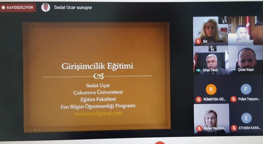 """DPÜ'de """"Girişimcilik"""" eğitimi"""