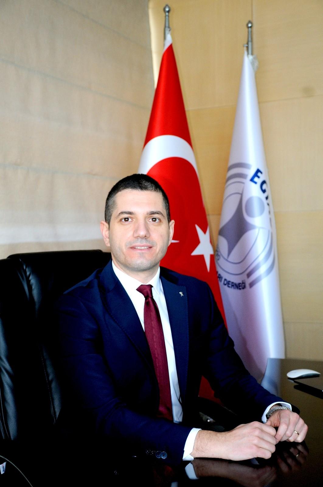 """EGİAD Başkanı Yelkenbiçer: """"Kazanan İzmir olacak"""""""