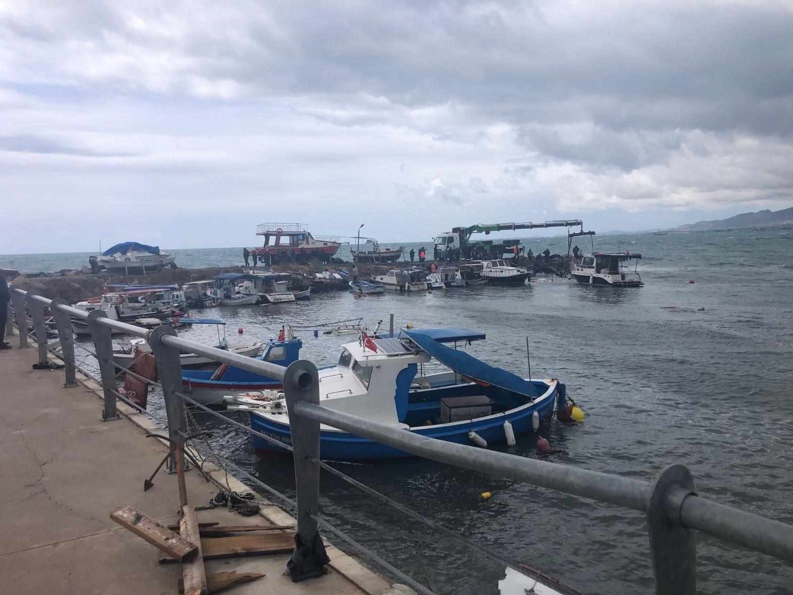 İMEAK DTO Aliağa'dan fırtınanın vurduğu Ayvalık ve Dikiliye destek